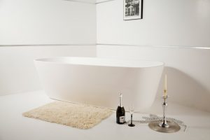 Большая отдельно стоящая ванна из искусственного камня Venice Due